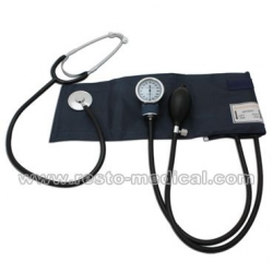 Aneroid Sphygmomanometer With Attached Stethoscope