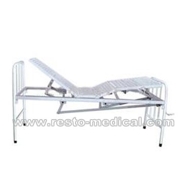 Hand folding bed
